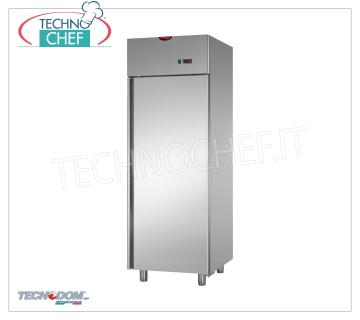 TECNODOM - Technochef, Professional Freezer Wardrobe 1 Door, lt.700, Mod.AF07MIDMBT 1 Door Refrigerator / Freezer Cabinet, TECNODOM Brand, with stainless steel structure, lt.700 capacity, low temperature -18 ° / -22 ° C, ventilated refrigeration, Gastro-Norm 2/1, V.230 / 1, Kw. 0.65, Weight 122 Kg, dim.mm.710x800x2030h