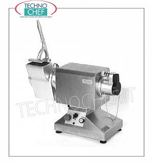 Type 32 gearmotor for tools, meat mincers, grater, etc. Professional, Industrial, Gearmotor with fixed grater for interchangeable tools TYPE 32, stainless steel structure, revolving base of 180 °, V.400 / 3, Kw.2.2, Weight 43 Kg, dim.mm.590x260x410h