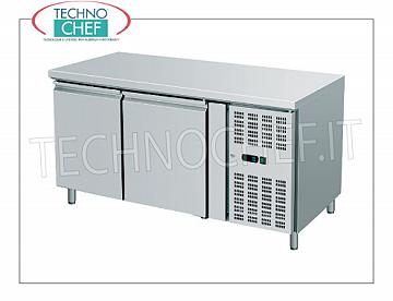 Amitek - 2 doors Refrigerated Refrigerated Table, lt. 282, Temp.-2 ° / + 8 ° C, Ventilated, Class C, mod.AK2100TN 2 Doors Refrigerated Counter, Professional, capacity 282 liters, temperature -2 ° / + 8 ° C, ventilated refrigeration, Gastro-Norm 1/1, V.230 / 1, Kw.0.30, Weight 113 Kg, dim.mm .1360x700x860h