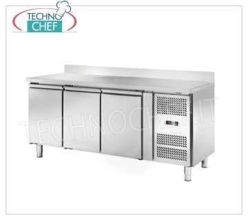 Frigor Table 3 Doors and Upstand, Temp. -2 ° / + 8 ° C, lt. 339, Ventilated, Class C, mod.AKS3200TN 3 DOORS Refrigetato Counter Table with upstand, Professional, SNACK Line, Temp. -2 ° / + 8 ° C, capacity 339 liters, ventilated refrigeration, ECOLOGICAL in Class C, Gas R290, V.230 / 1, Kw.0,23 , Weight 122 Kg, dim.mm.1795x600x960h