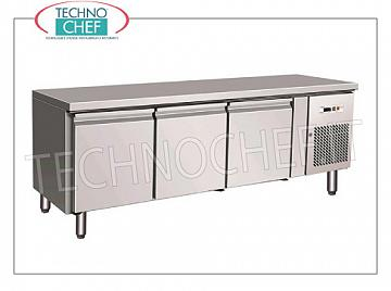 Forcar - Professional 3-door Refrigerator / Refrigerated Table, Mod.UGN3100TN 3 DOORS refrigerated table, FORCAR brand, capacity 262 liters, operating temperature -2 ° / + 8 ° C, ventilated refrigeration, Gastro-Norm 1/1, V.230 / 1, Kw.0.35, Weight 106 Kg , dim.mm.1795x700x650h