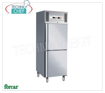 FORCAR - Professional Combined Refrigerator / Freezer Cabinet 2 1/2 Doors, double temperature, Mod.GNV600DT Combined Refrigerator / Freezer Cabinet 2 half doors, FORCAR Brand, stainless steel structure, capacity 237 + 237 liters, double temperature -2 ° / + 8 ° C, -18 ° / -22 ° C, ventilated refrigeration, Gastro-Norm 2 / 1, Kw.0.9, Weight 150 Kg, dim.mm.680x850x2010h