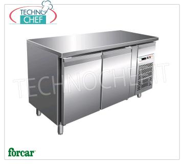 2 DOOR refrigerated table with neutral drawer, FORCAR brand 2 DOOR refrigerated table with neutral drawer, FORCAR brand, capacity 390 liters, operating temperature + 2 ° / + 8 ° C, ventilated refrigeration, V.230 / 1, Kw.0,35, Weight 140 Kg, dim.mm .1510x800x850h