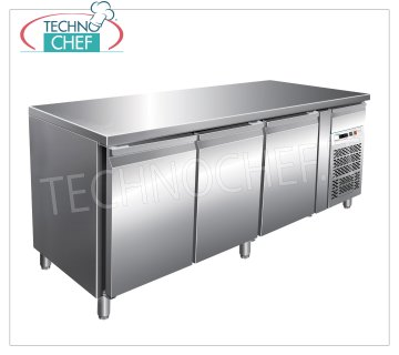 Forcar - 3 Doors Refrigerated Table, Temp. -2 ° / + 8 ° C, lt. 580, Ventilated, Class B, model G-PA3100TN 3 DOORS refrigerated table with neutral drawer, Professional, capacity 580 liters, temperature -2 ° / + 8 ° C, Pastry Pans 600x400 mm, ventilated refrigeration, ECOLOGICAL in Class B, Gas R290, V.230 / 1, Kw.0, 26, Weight 152 Kg, dim.mm.2020x800x860h