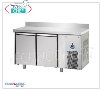 FREEZER / FREEZER TABLE 2 doors with backsplash, lt.310, TECNODOM brand FREEZER / FREEZER TABLE 2 DOORS with LIFT, TECNODOM brand, capacity lt.310, working temperature -18 ° / -22 ° C, ventilated refrigeration, Gastro-Norm 1/1, V.230 / 1, Kw.0,655, Weight 100 Kg, dim.mm.1420x715x950h