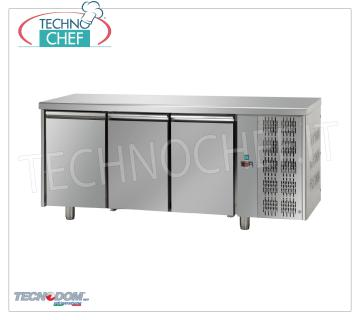 Refrigerated Table 3 DOORS, capacity lt.680, PASTRY, Brand TECNODOM REFRIGERATED TABLE 3 DOORS, TECNODOM Brand, capacity lt.680, PASTRY, working temperature 0 ° / + 10 ° C, Pastry Tiles mm 600x400, V.230 / 1, Kw 0.495, Weight 116 Kg, dim.mm.2150x800x850h